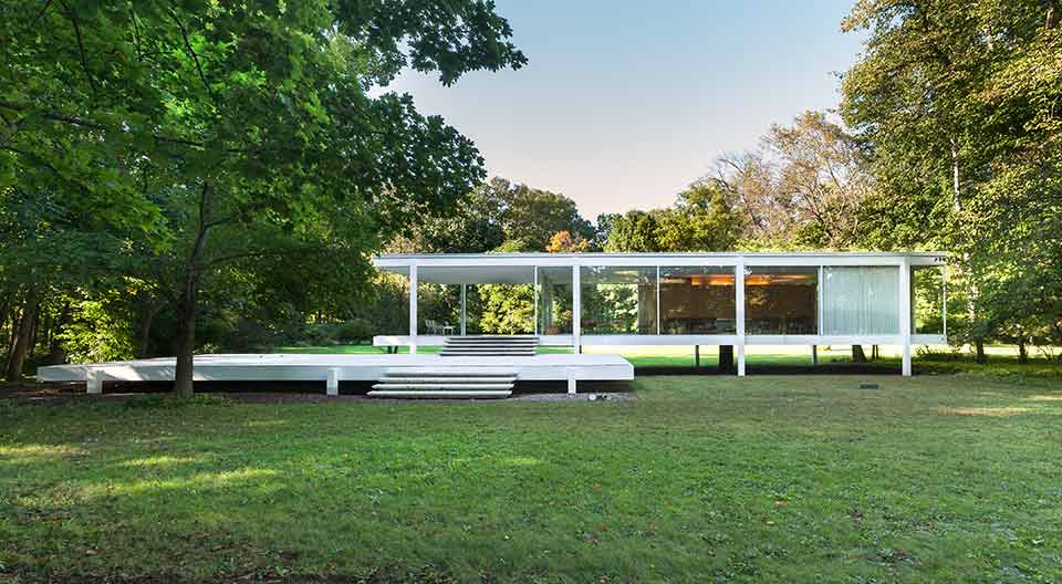 Farnsworth House by Ludwig Mies van der Rohe in 1945